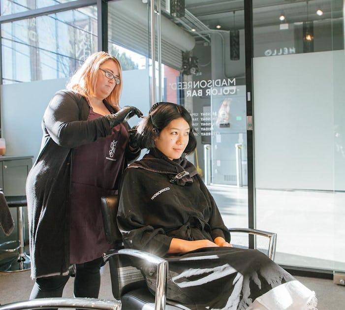 hair colorist with Amandu Luu