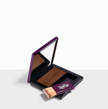 Sienna - Auburn Red brush-on powder conceals roots quickly & easily