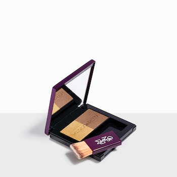 Cascata + Pinoli - Blonde brush-on powder conceals roots quickly & easily