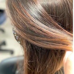 shadow root on brunette